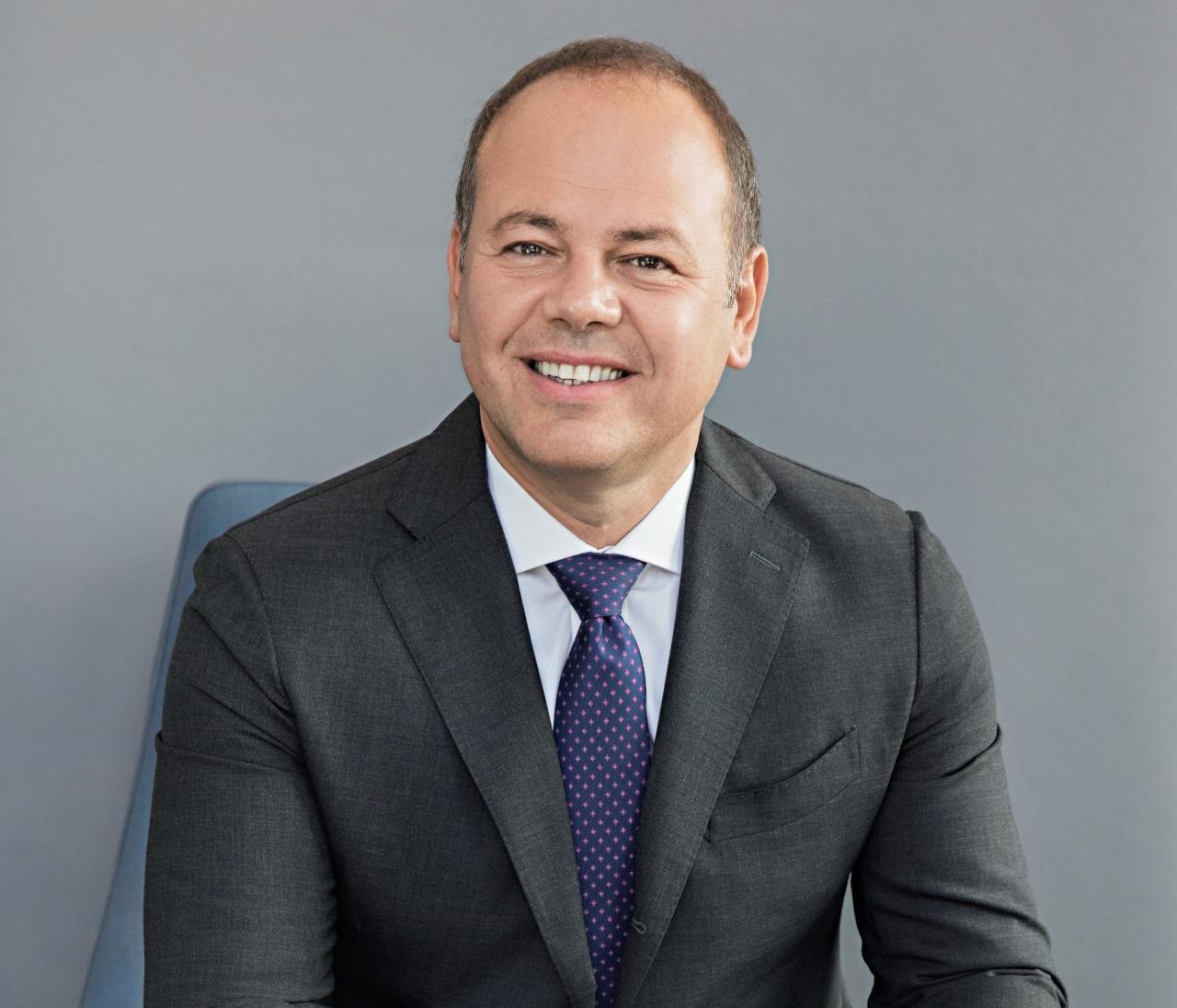 carlo barlocco executive director motorola europe expansion lenovo