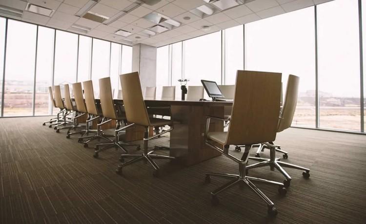 Siemens si riorganizza e punta anche sui servizi IIoT
