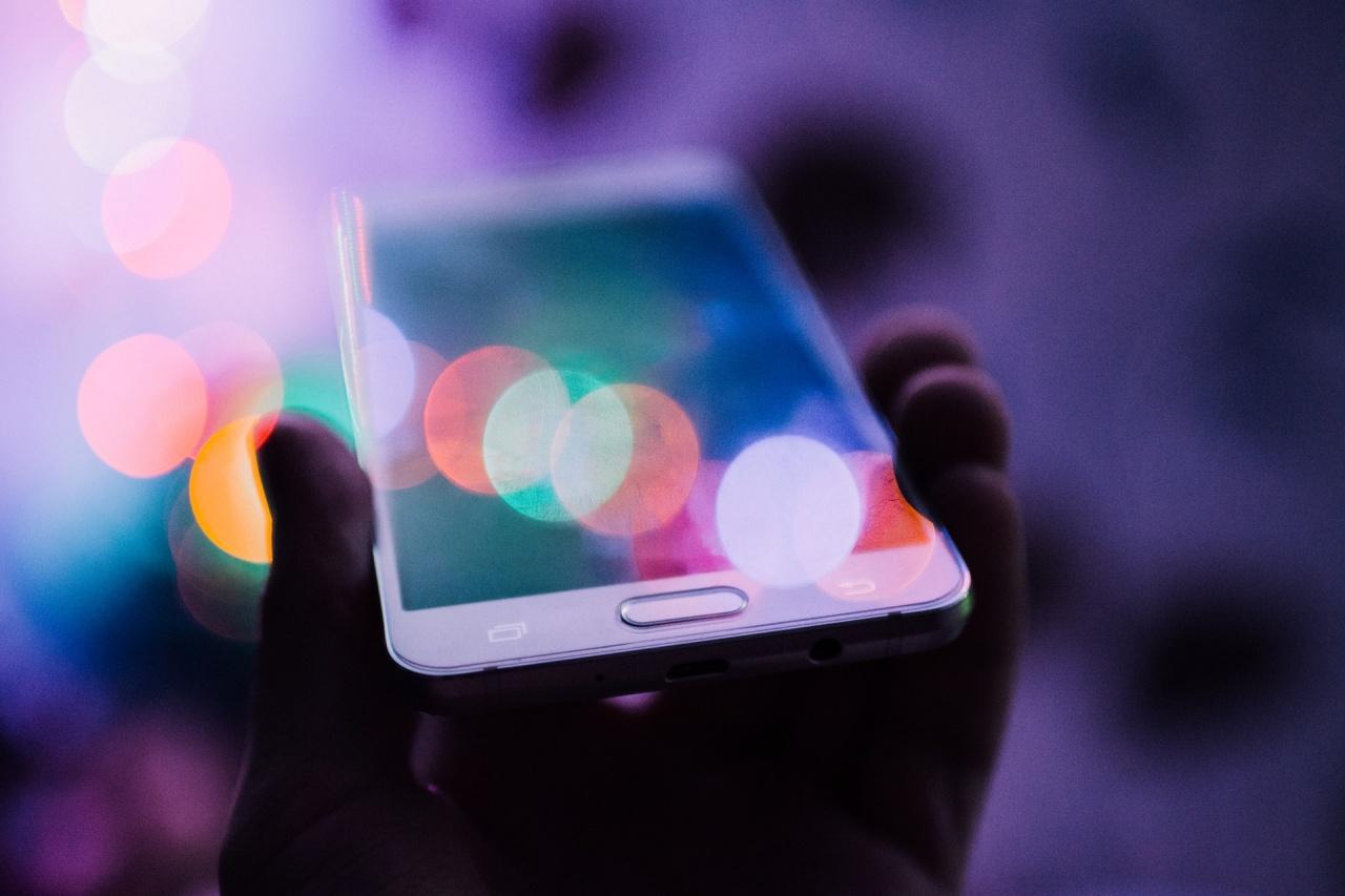 rodion kutsaev smartphone unsplash