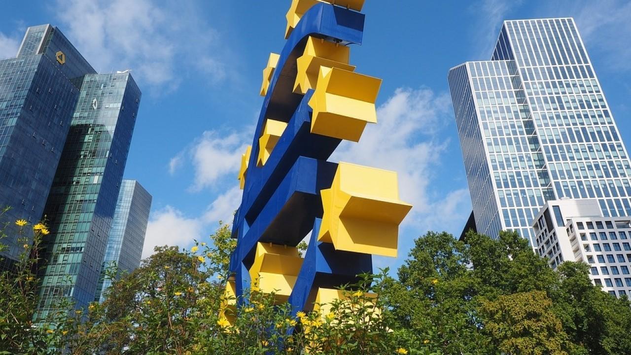 euro sculpture 2867935 960 720